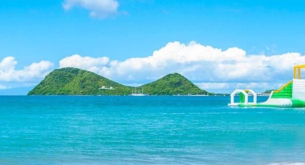 سهام هتل در دومینیکا